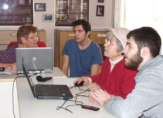 Nyugdíjas számítógépes oktatás záróünnepsége